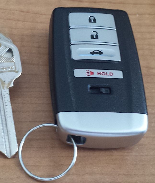 Acura TLX Key Fob Pictures