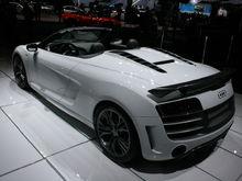 Audi R8 GT Spyder 2