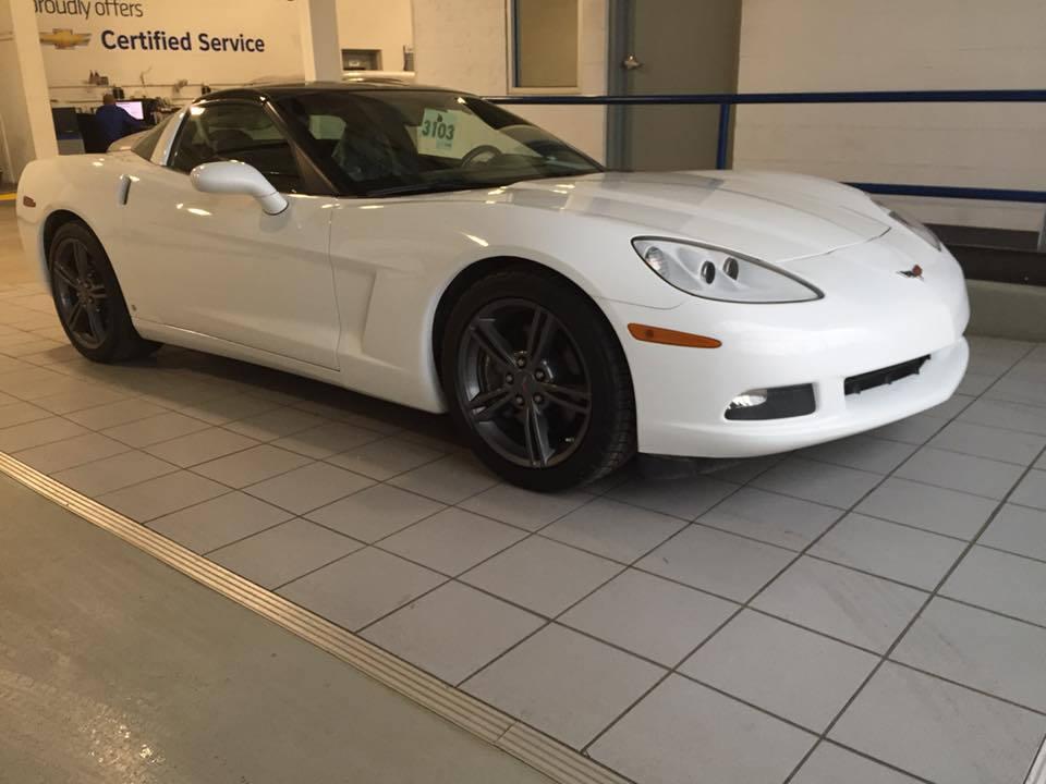 2009 Corvette White Gallery