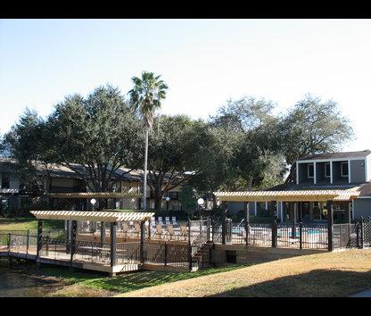 Swan Lake Apartments Reviews