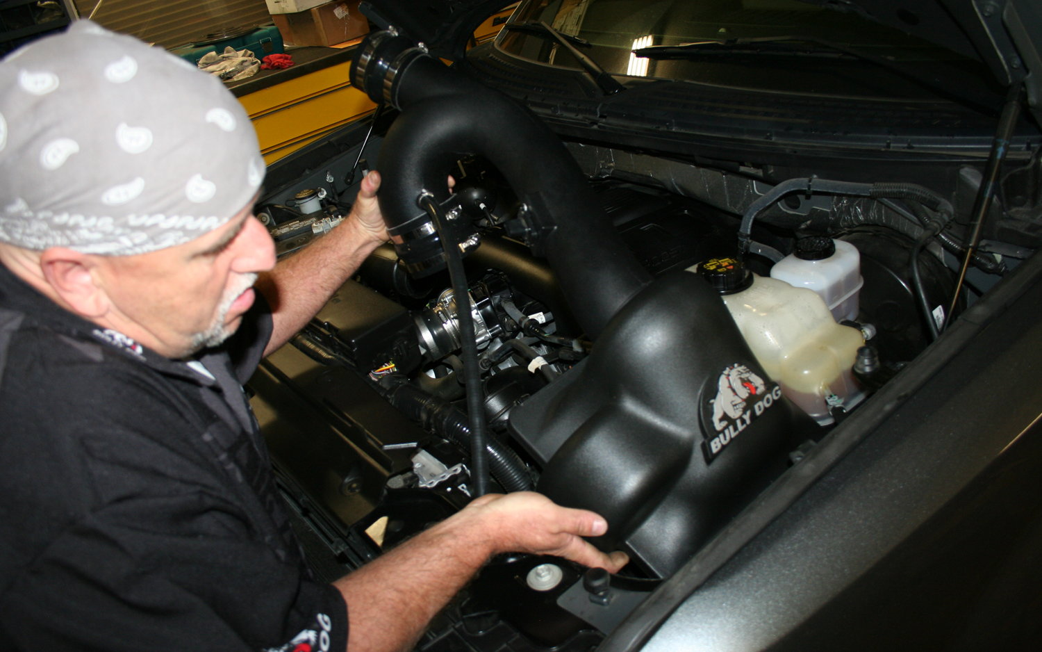 Removing the air cleaner assembly