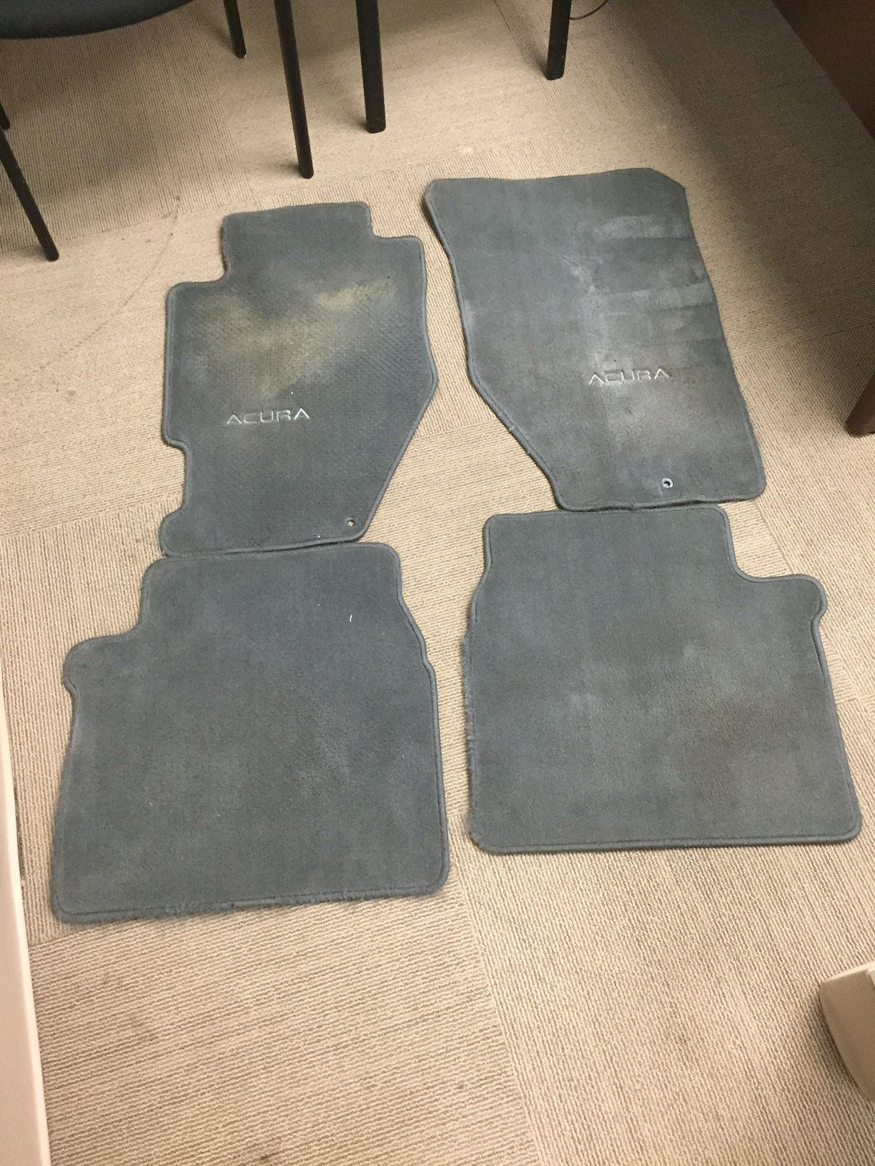 fs set of used gray floor mats 2nd gen tl acurazine acura enthusiast community. Black Bedroom Furniture Sets. Home Design Ideas