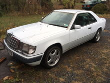Garage - white coupe