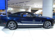 2010 Ford Mustang Shelby GT500 Passenger Side Wide