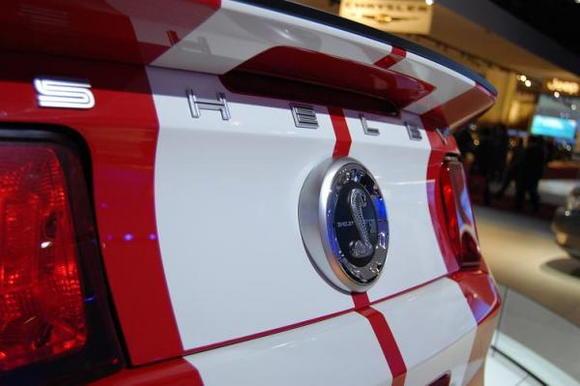 2010 Ford Mustang Shelby GT500 Rear Cross Shot