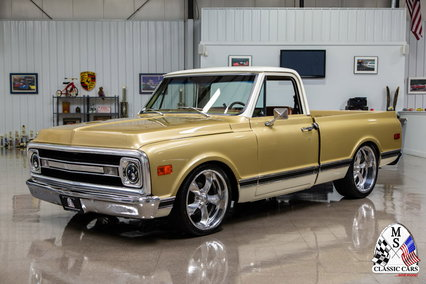 1970 Chevrolet C10 Custom Pickup