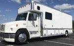 2001 Freightliner United 1410 Garage Unit