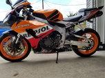 2007 Honda CBR1000RR Repsol  for sale $2,000