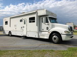 2006 HAULMARK 40' MOTORHOME for Sale
