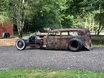 1935 Chevy sedan rat rod
