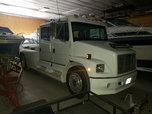 1999 freight-liner FL70  for sale $30,000