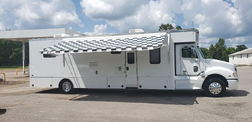 2005 40' Optima Motorhome 450HP Mercedes 10 Speed Automatic for Sale $129,900