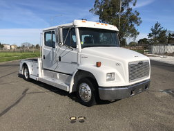 2001 Freightliner Sport Chassis  for sale $29,800