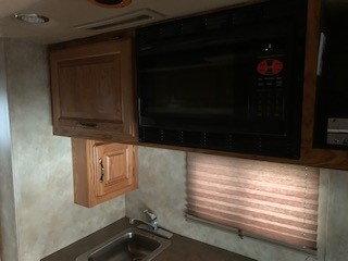 Freightliner Cascadia extended sleeper  for Sale $110,000