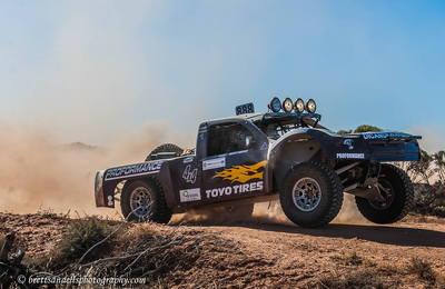 4X4 Desert Racing Trophy Truck - Mid Mounted Engine - IFS -