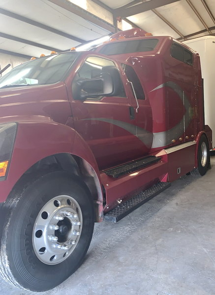2005 F650 Cat 330HP Toter Home  for Sale $85,000