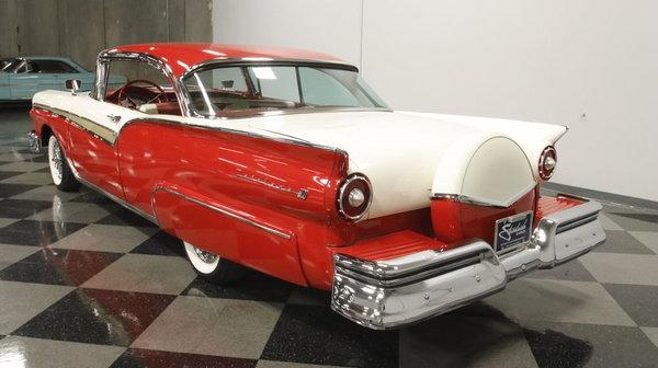 1957 Ford Fairlane 500 Club Victoria  for Sale $46,995