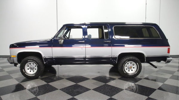 1990 Chevrolet Suburban  for Sale $23,995