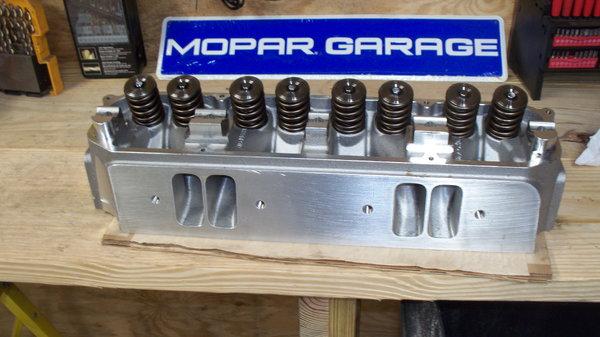 MOPAR TRICK FLOW 270 HEAD