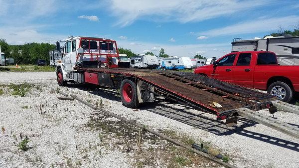 2002 Freightliner FL60 car hauler  for Sale $7,500