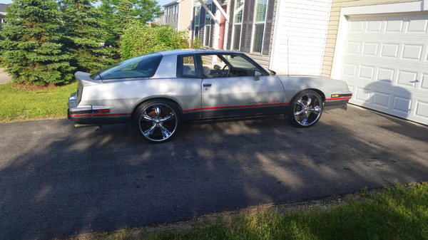 1986 Pontiac Grand Prix  for Sale $11,500