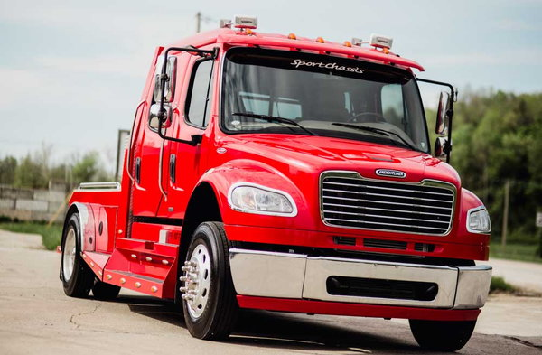 2009 FREIGHTLINER M2-106 CUMMINS SPORT CHASSIS  for Sale $87,500