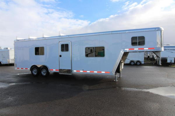 2014 Featherlite 4941 26' Custom Toy Hauler - All Aluminum -  for Sale $26,995