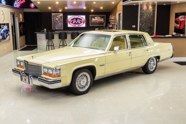 1982 Cadillac Fleetwood Brougham  for Sale $32,900