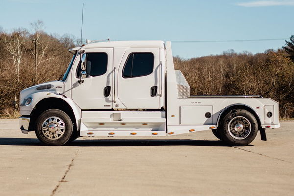 2007 FREIGHTLINER M2-106 SPORTCHASSIS MERCEDES  for Sale $59,950