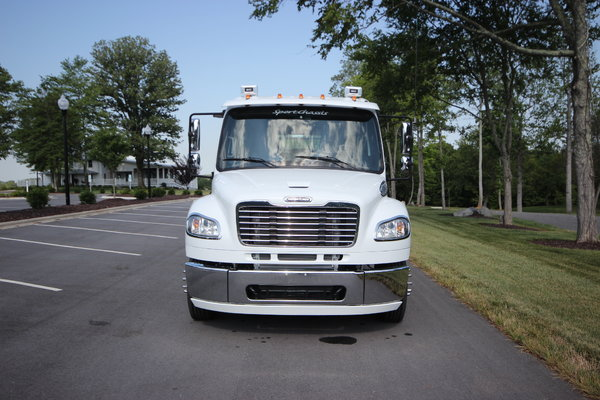 2014 Freightliner® SPORTCHASSIS RHA114 Truck