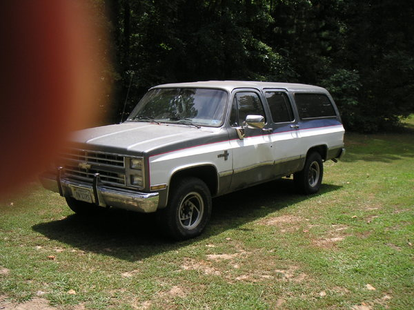 1987 Chevy Suburban  for Sale $5,500