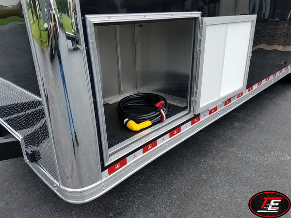 32' United Spread Axle Stage II Race Trailer w/ Escape Door  for Sale $20,795