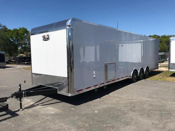2020 Vintage Trailers 34ft Bath Package Car / Racing Trailer  for Sale $34,999