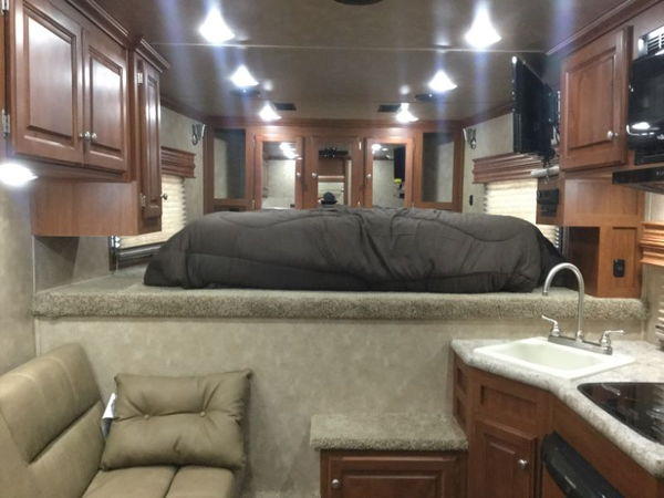 2019 SUNDOWNER GOOSENECK  Toy Hauler  for Sale $65,899