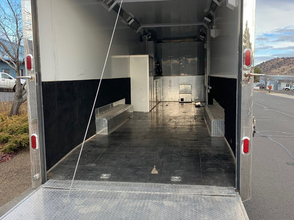 2005 Freightliner (Toter) and 2003 Renegade 40' Trailer   for Sale $160,000
