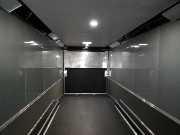 2019 44' CARGO MATE ELIMINATOR BATHROOM