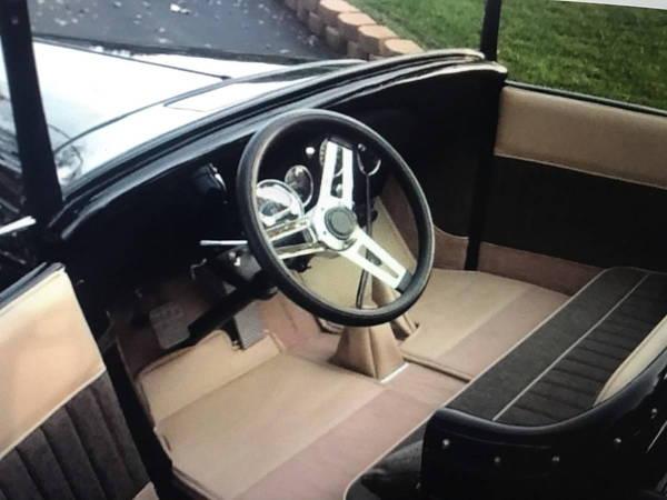 1933 Chevrolet Roadster Pick Up