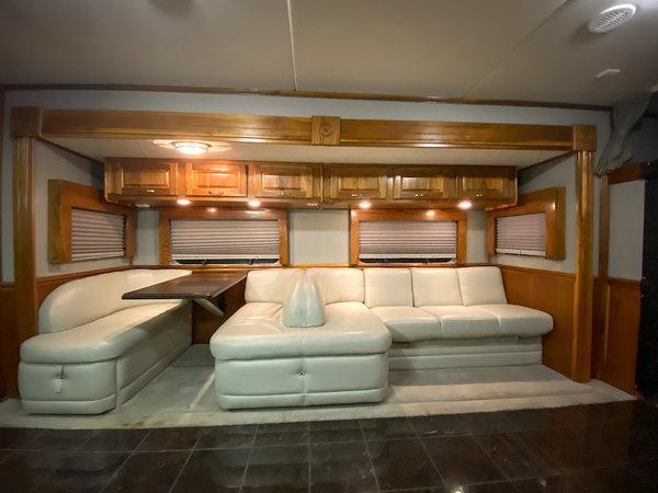 2008 Haulmark 3 Slide *INCREDIBLE FLOORPLAN*  for Sale $174,900