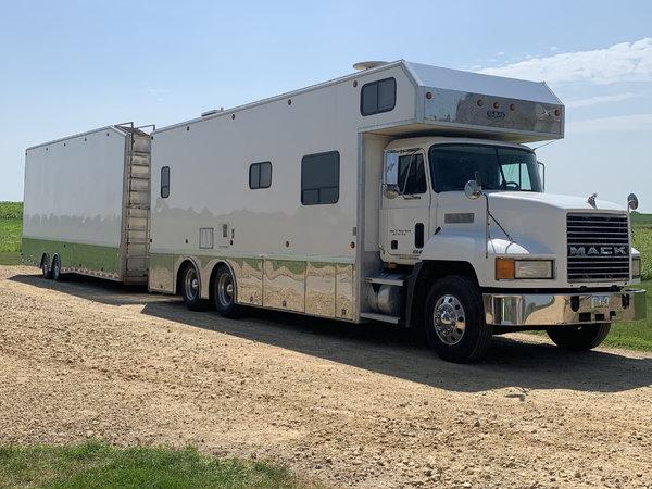 S&S 2003 Mack toter/pivot lift trailer  for Sale $125,000