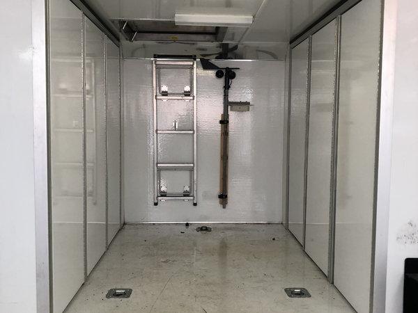 32 Renegade lift gate air ride