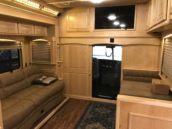 2018 NRC 35' motorhome  for Sale $289,999