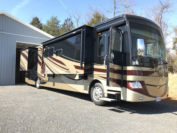2013 Fleetwood Discovery 40X  for Sale $142,500