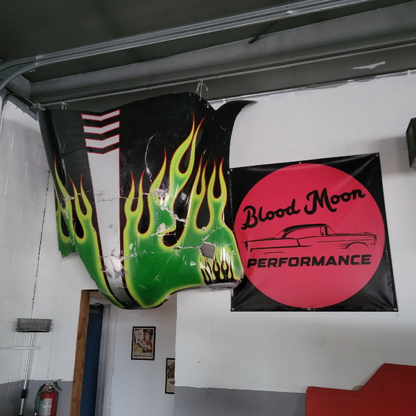 Blood Moon Performance LLC is looking for part time help!