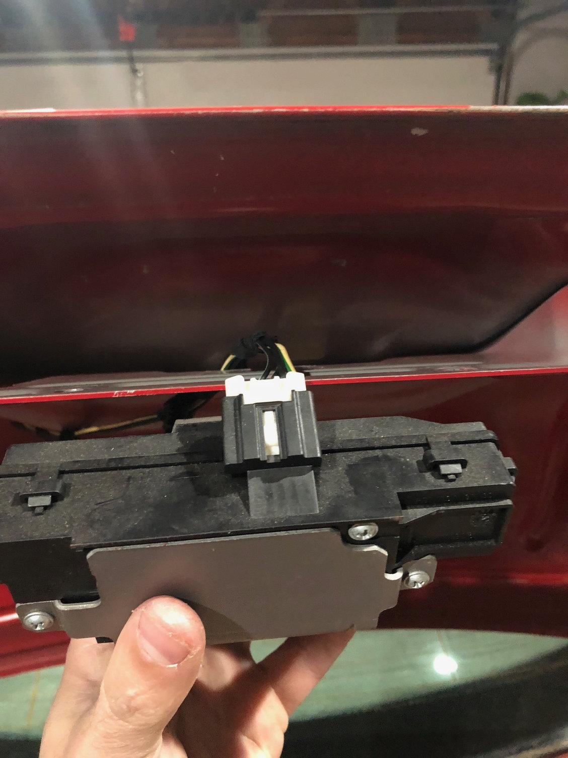 Thread Odd Wiring In Trunklid Bad Trunk Switch