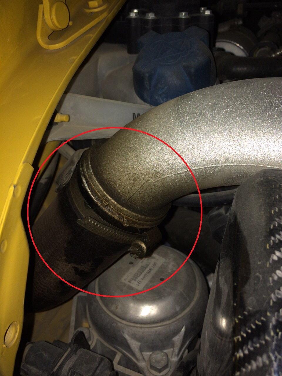 Strange sound from my GT2 turbos and oil leak - 6SpeedOnline