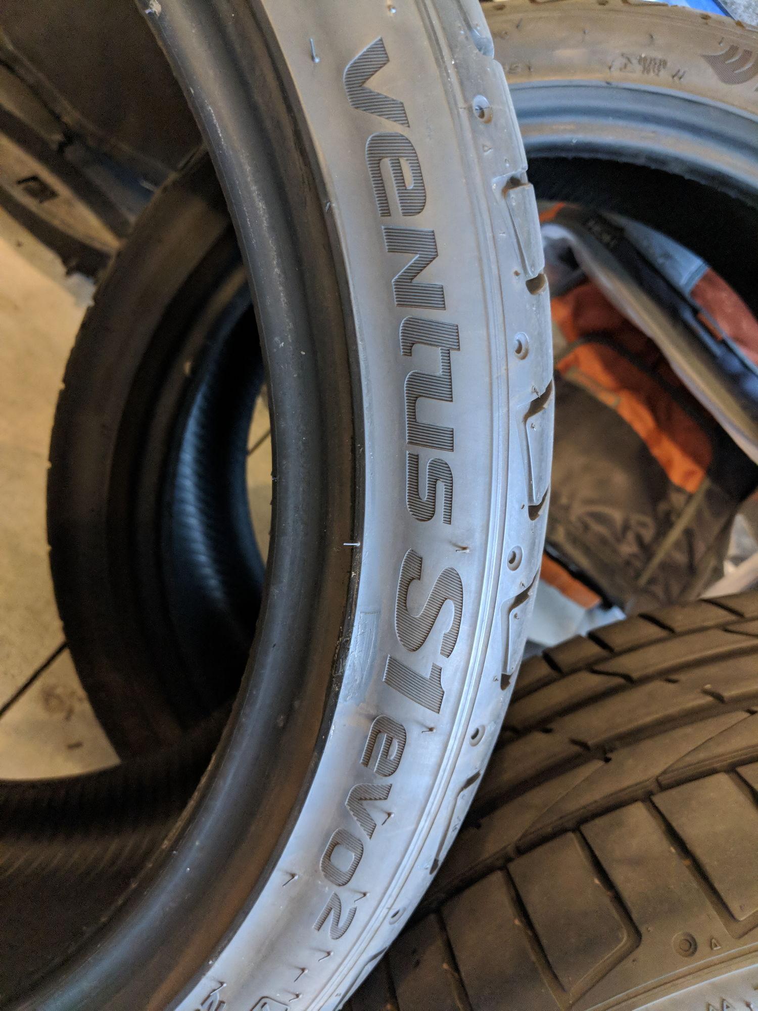 Audi A5 Set of 4 Hankook Ventus S1 Evo2 summer performance tires 255