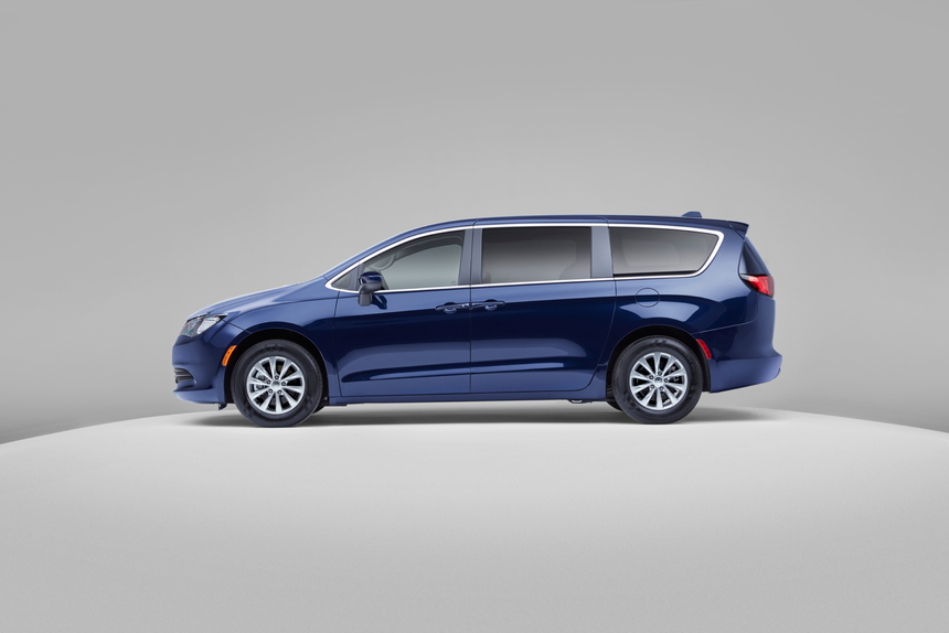 2020 Chrysler Voyager Deals, Prices, Incentives & Leases ...