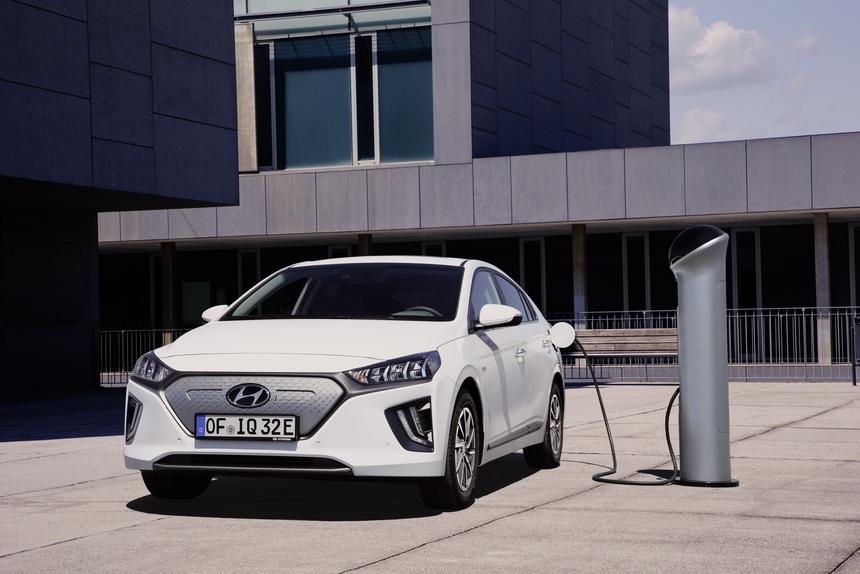 2021 hyundai ioniq electric preview pricing release date