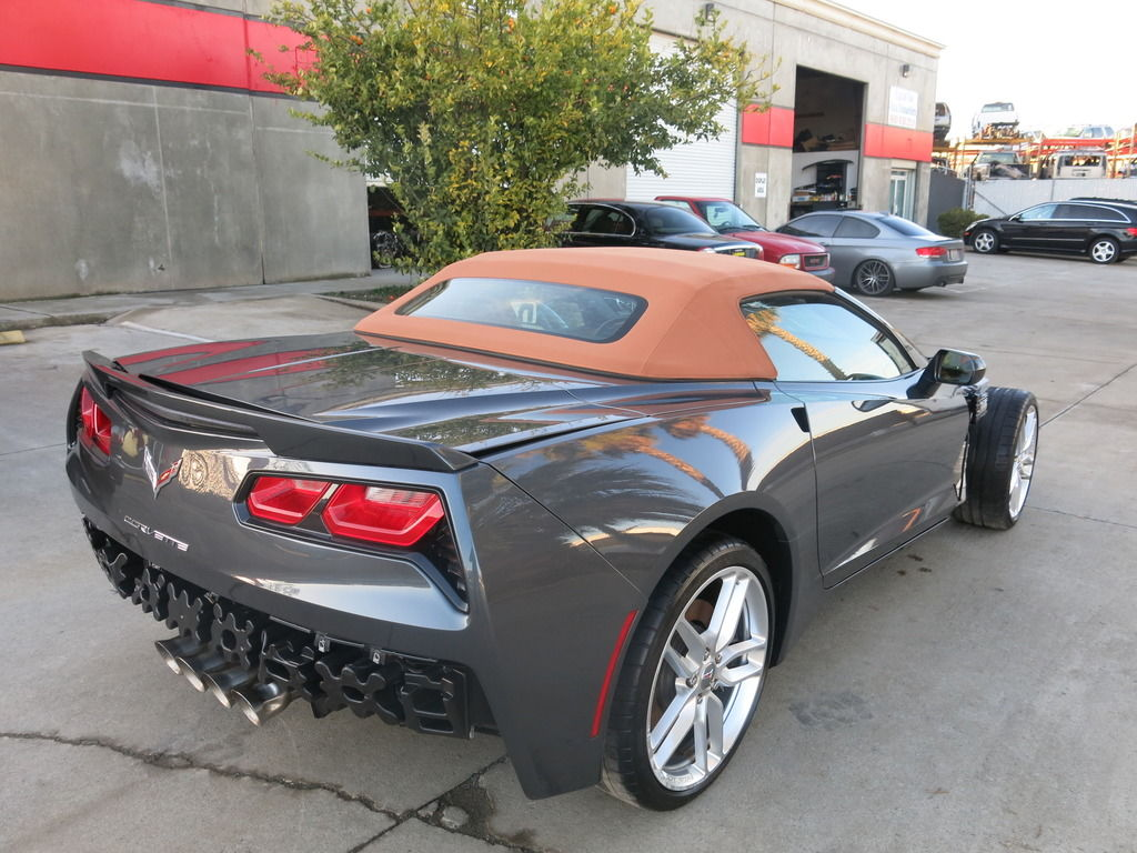 fs 2014 chevy corvette stingray convertible damaged in wrecked rebuildable salvage. Black Bedroom Furniture Sets. Home Design Ideas