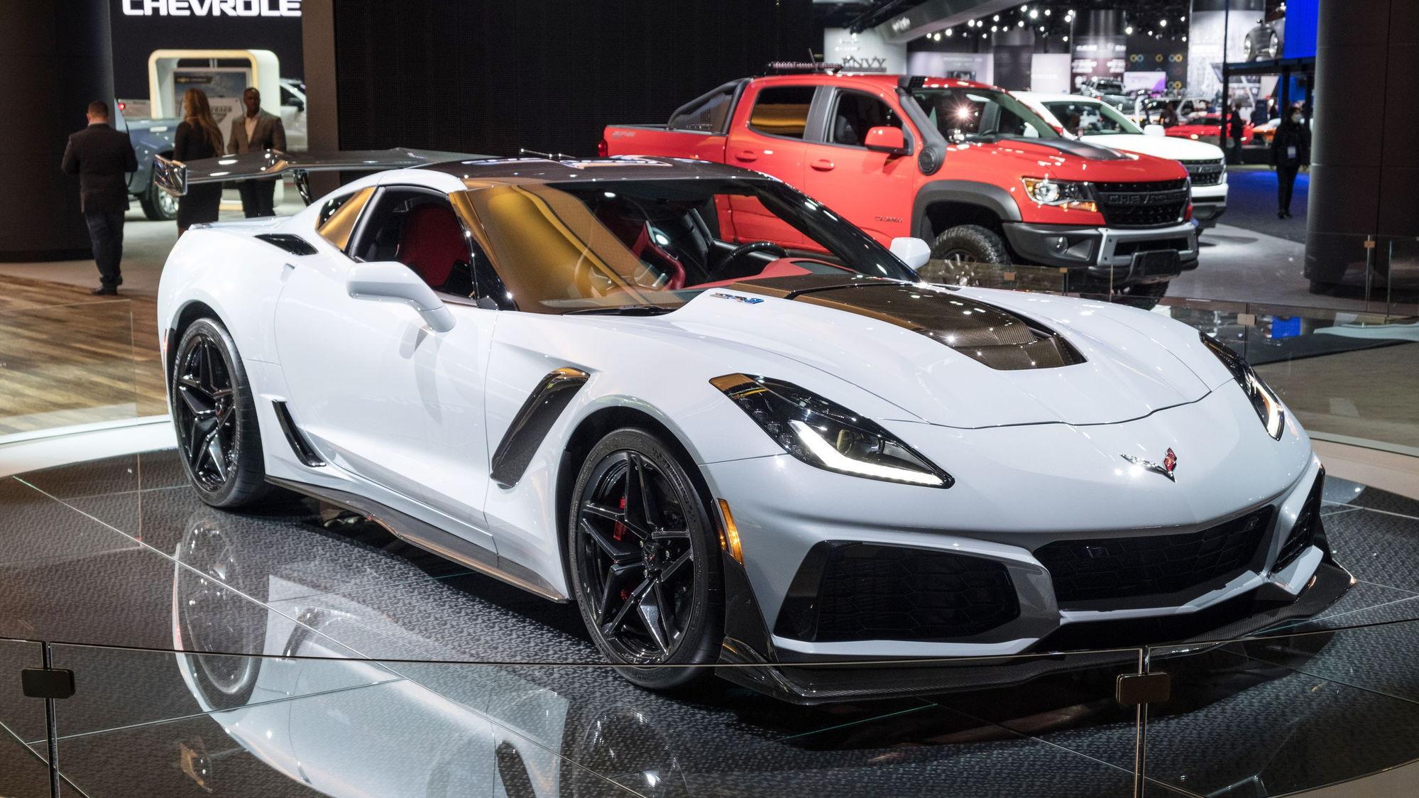 White C8 vs C7 ZR1 - CorvetteForum - Chevrolet Corvette ...